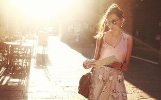 femme-voyage-seule
