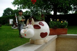 Vache pot de fleur
