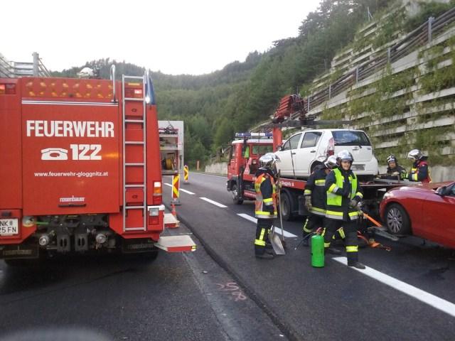 Verkehrsunfall mit zwei beteiligten Fahrzeugen