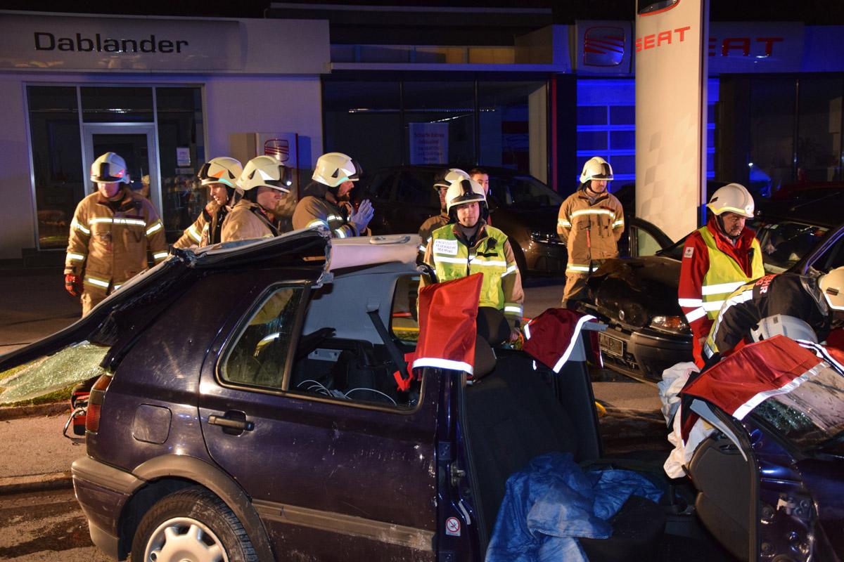 "Pagerübung mit dem Roten Kreuz Mötz - ""Verkehrsunfall auf der B 189"", Foto: Mex Dullnig"