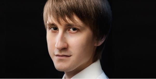 Dmitry Masleev: Der junge Pianist, Gewinner des Tschaikowsky-Wettbewerbs, kommt nach Deutschland. Vorher sprach er mit dem Feuilletonscout