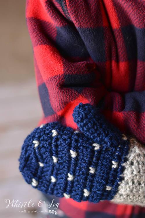 Snowfall Crochet Mittens, Free Pattern for Crochet Gloves