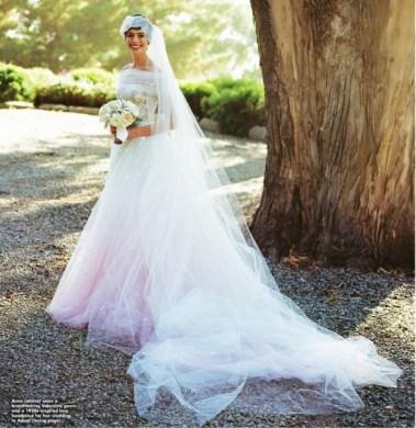 anne-hathaway-wedding-valentino-november-2012-bellanaija013-584x600