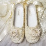Tips Tuesday: Shoes! (Or how to not kill your feet on your wedding day)