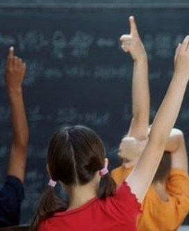 Να αναδείξουμε το δημοκρατικό πολιτικό περιεχόμενο του σχολείου
