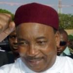 Niger-Areva: pression nucléaire sur le président Issoufou