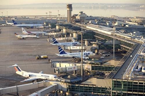 Vue aerienne Aeroport de Marseille Provence, Marseille (13) - France