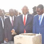 Le Philanthrope nigérian Tony O. Elumelu, pose la première pierre des nouveaux bâtiments de l'Université de Dakar financés par UBA pour près de 50 milliards de francs CFA.