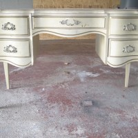 How To Spray Paint Wooden Furniture
