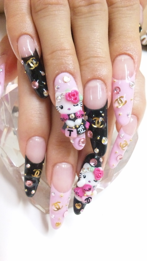 hello-kitty-nail-art-designs-for-2012-480x854