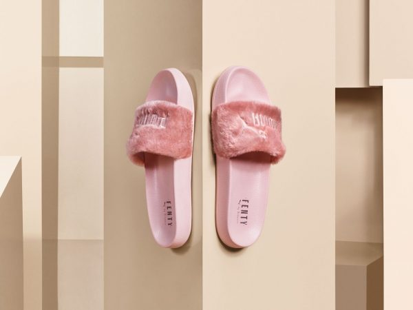 16SS_SP_Rihanna-Fenty-Slide_Product-Pink_01-126_Ext-RGB.0.0