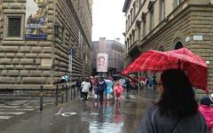 Guarda Firenze, in 3500 anche sotto la pioggia