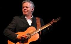 La grande chitarra di Emmanuel a Fiesole