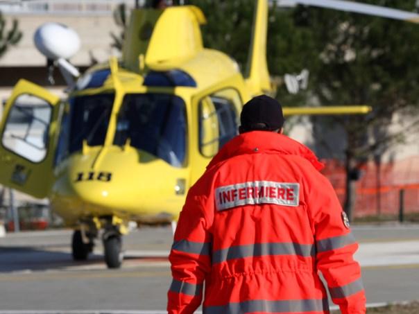 L'elisoccorso Pegaso è intervenuto per trasferire a Siena mamma e figlio feriti nel crollo del pavimento