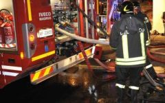 Firenze, sei motorini a fuoco in via del Ghirlandaio. Torna il piromane di piazza Beccaria