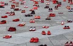 Femminicidio: braccialetti elettronici per gli stalker