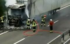Incidenti stradali, sulla A1 tir sbanda e prende fuoco
