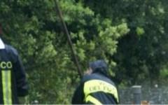 Le ricerche dei vigili del fuoco per trovare il corpo del 46enne Marco Vento