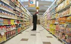 Crisi, gli italiani risparmiano due miliardi di spesa alimentare