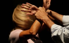 Pistoia, professore accusato di molestie sessuali a studentesse minorenni: arrestato