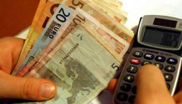 Campi, offre 5mila euro per far uccidere la ex: arrestato 52enne
