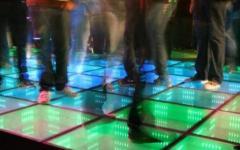 Sequestrata una sala karaoke abusiva