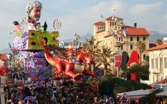Carnevale di Viareggio: crisi di governo, carri cambiati