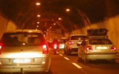 Traffico, 10 chilometri di coda in A1 tra Arezzo e Firenze