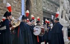 Firenze, concerto dei Carabinieri in piazza Signoria