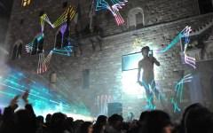 Firenze, l'«altra» notte bianca: quella dei venditori abusivi di birra