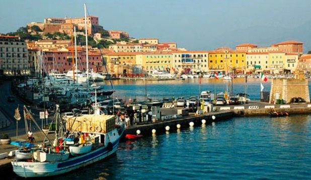 Maltempo, pescatore tunisino di 49 anni morto a Porto Ferraio
