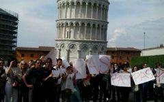 Pisa, mille professori sotto la Torre per protestare contro il ministro Giannini