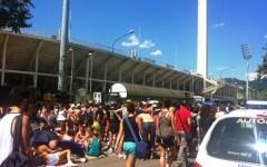 Firenze, concerto di Ligabue: migliaia al Franchi sotto il caldo. Rinfrescati dagli idranti della VAB