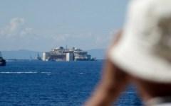 Concordia: via sulla rotta per Genova. Il saluto commosso del Giglio