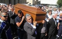 I funerali di Alfredo Martini: portato a spalla dai suoi campioni del mondo