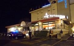 Arezzo, arresto lampo di due romeni che rubarono il bancomat all'Autogrill sull'E45