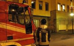 Livorno, incendio in casa: donna e figlio disabile salvati dai vigili del fuoco