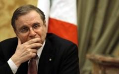 Lavoro, Visco (Bankitalia): Rischiamo una disoccupazione di massa. Duro attacco (documentato) a Renzi e agli industriali italiani