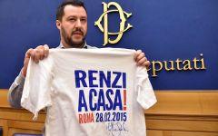 Salvini contestato a Bagno a Ripoli: «Follia schierare 150 poliziotti e carabinieri per un dibattito pubblico»