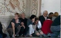 Terrorismo Tunisi: strage al museo del Bardo, almeno 8 morti e 24 feriti. Non ci sarebbero italiani