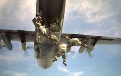 Lucca, muore parà dell'Esercito durante un lancio