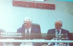 Regione Toscana: la riforma sanitaria (stralciata e da rivedere subito) passa dopo 5 giorni e tre notti di dibattito. Referendum più diffici...