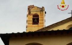 Maltempo in Toscana: fulmine colpisce un campanile a Fucecchio (Foto)