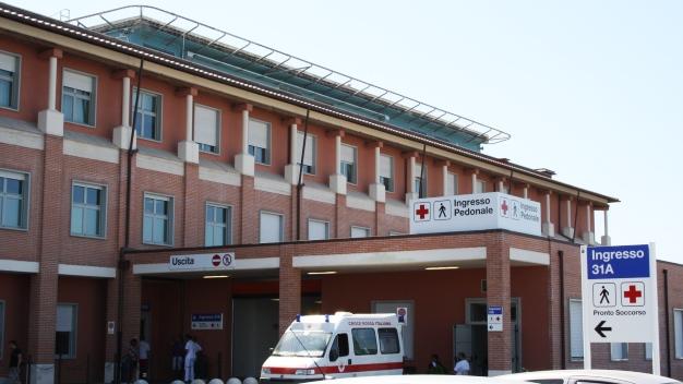 Pisa, l'ospedale di Cisanello con l'ingresso del pronto soccorso