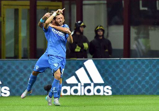SPORT , CALCIO : MILAN - EMPOLI Milano, 29/08/2015 Serie A/Milan-Empoli Gol Empoli (1-1): esultanza Riccardo Saponara-Massimo Maccarone