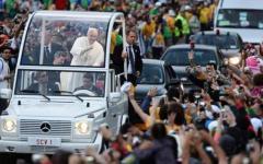 Papa Francesco a Firenze il 10 novembre 2015, allerta sicurezza: tiratori scelti, tombini chiusi, città blindata
