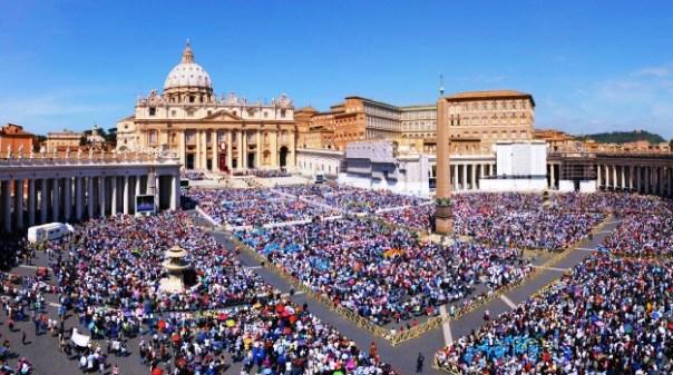 Giubileo, piazza San Pietro gremita di fedeli (dal sito Iubilaeummisericordiae.va)