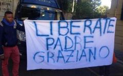 Arezzo, scomparsa di Guerrina Piscaglia. «Liberate padre Gratien»: la protesta di un gruppo di congolesi