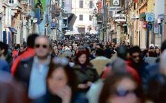 Economia, anche il Censis boccia renzi: l'Italia è un paese in letargo