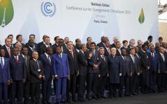 Parigi: storico accordo sul clima alla Conferenza Onu. Firmano anche i paesi inquinatori